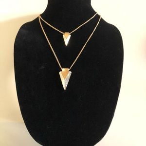 NEW DOUBLE ARROW NECKLACE!
